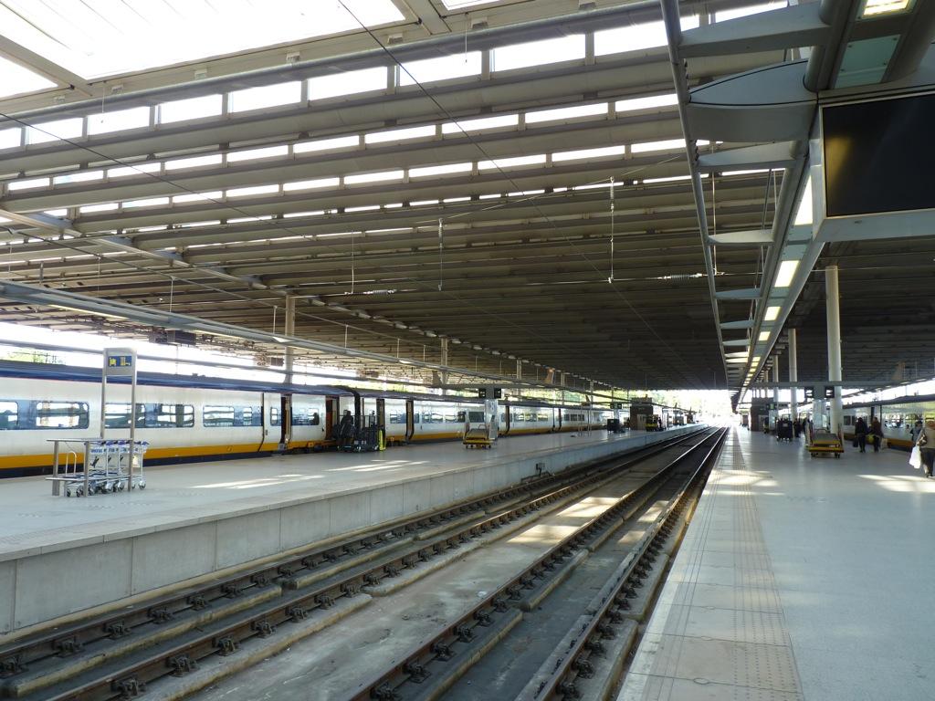 Week end londres octobre 2010 gare de saint pancras for Nouveau batiment londres